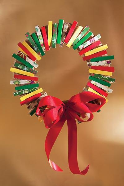Coronas de navidad para las puertas laclasedeptdemontse for Manualidades para diciembre