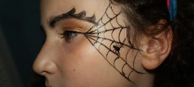 Ideas para maquillarnos en halloween laclasedeptdemontse for Como pintarse de bruja guapa