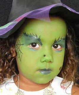 Maquillajes de bruja 5 laclasedeptdemontse for Como pintarse de bruja guapa