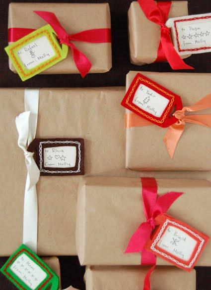 Originales formas de envolver regalos laclasedeptdemontse - Envolver regalos de navidad ...