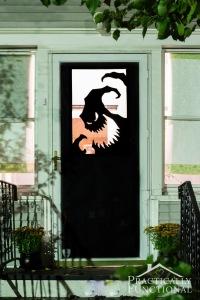 diy-vinyl-halloween-door-decorations-3
